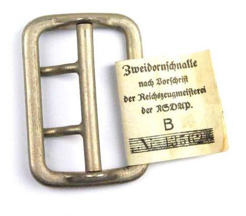 """NSDAP, Hebilla sin estrenar con Etiqueta """"RZM"""""""